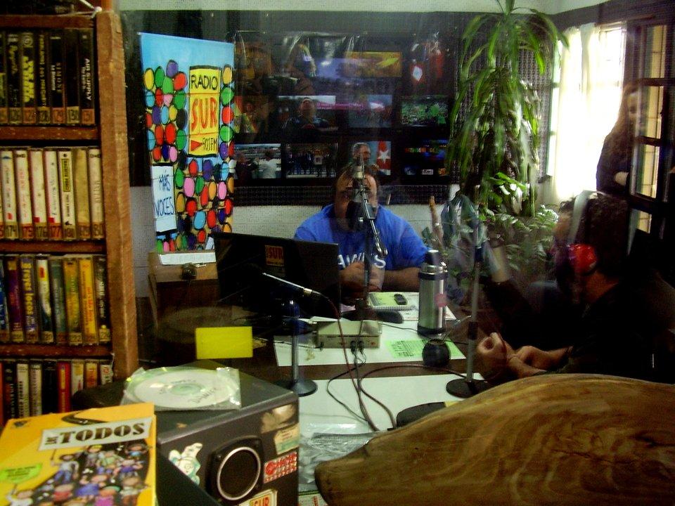 Estudios Radio Sur FM 90.1