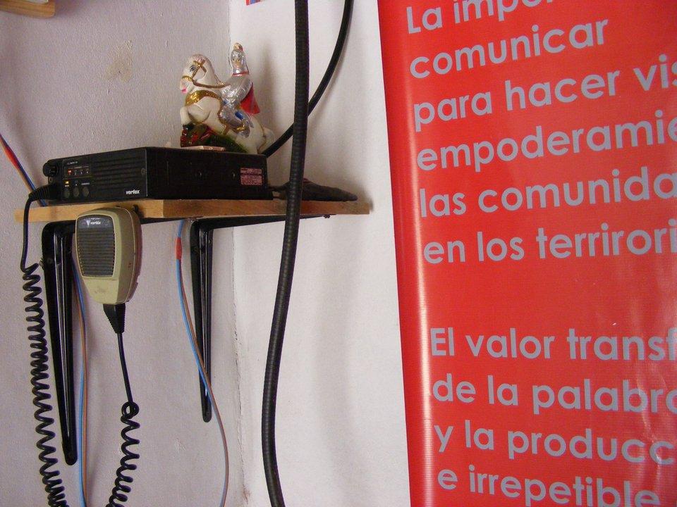 Radio base para comunicarse a cada comunidad