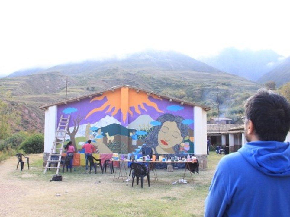Pintando el mural