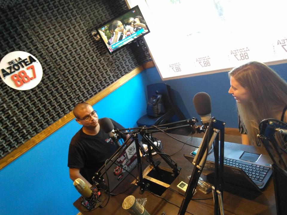 Al aire en FM De la Azotea