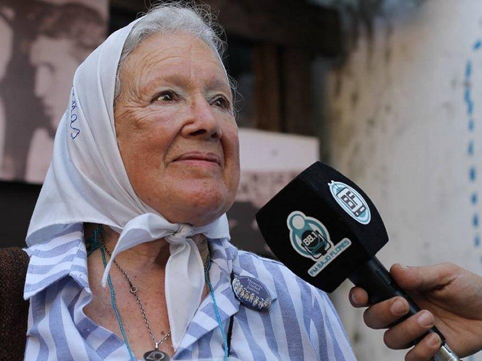 Entrevistando a Nora Cortiñas