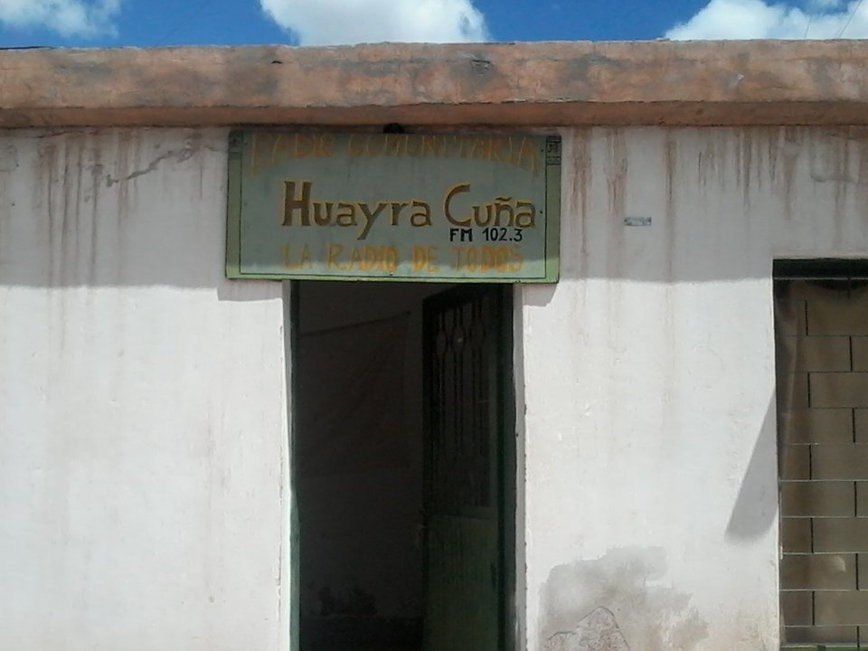 Huayra Cuña FM 102.3