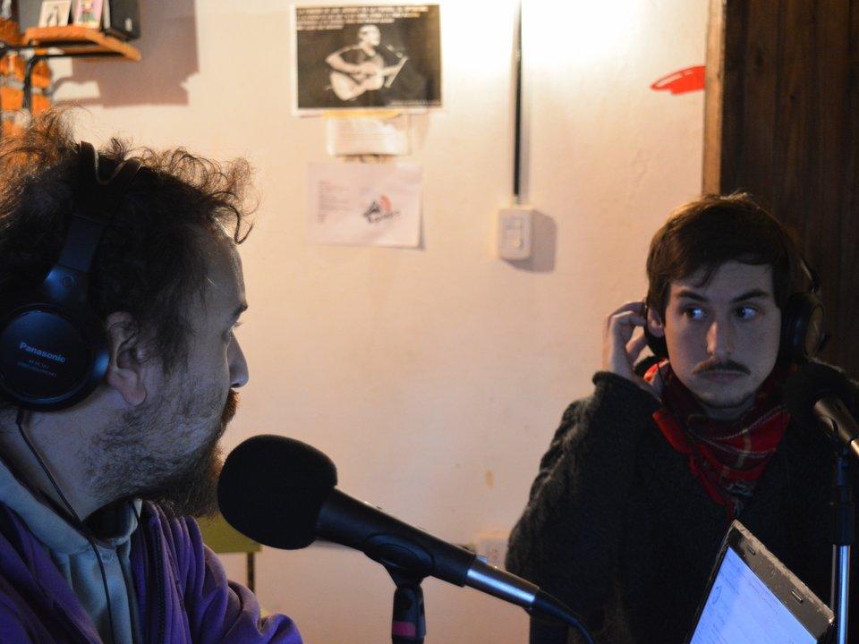 Facundo Pérez y Luciano Lahiteau en la conducción