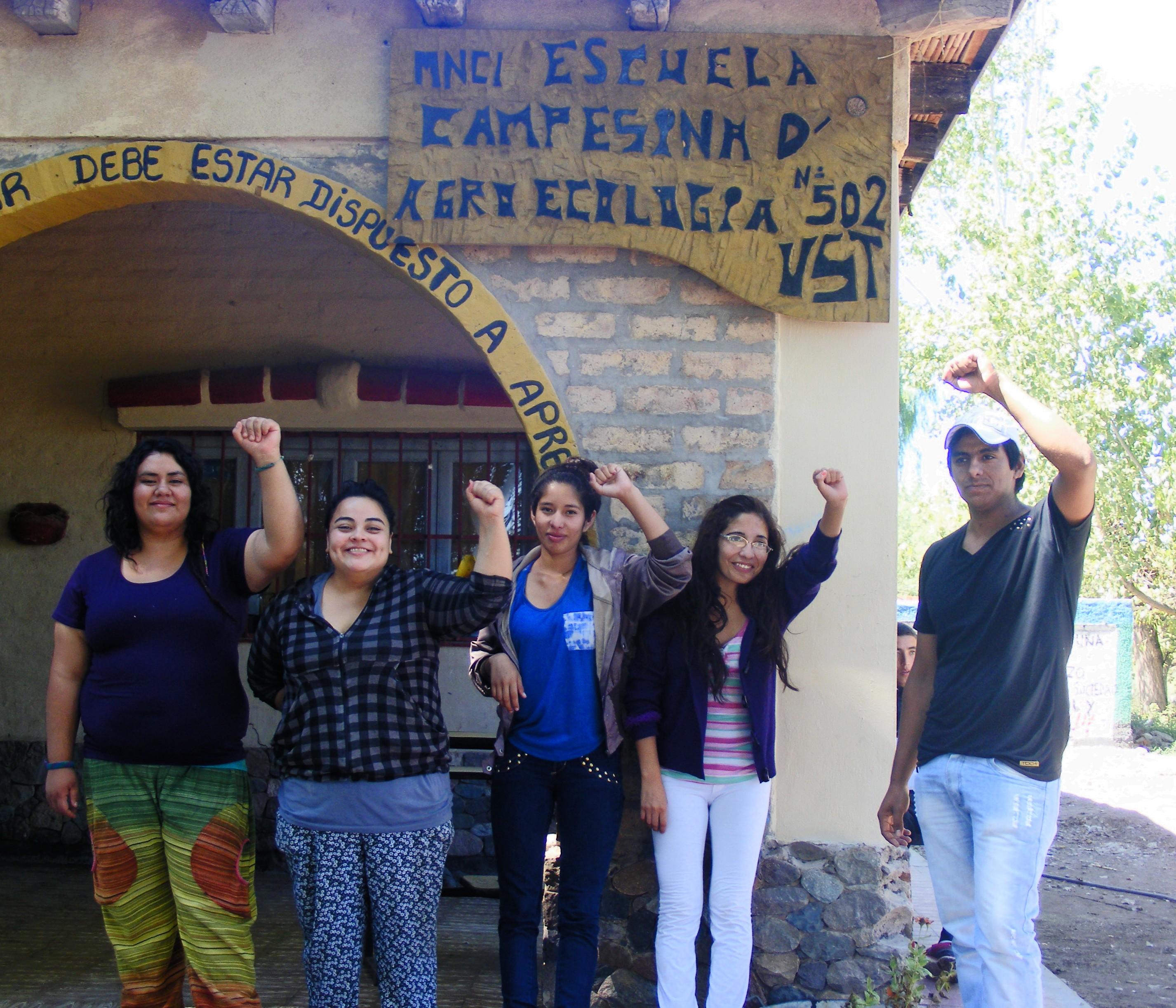Marisa Nievas, Katherina Suárez, Sandra Rivero, Leonela Sánchez y Urbano Villegas