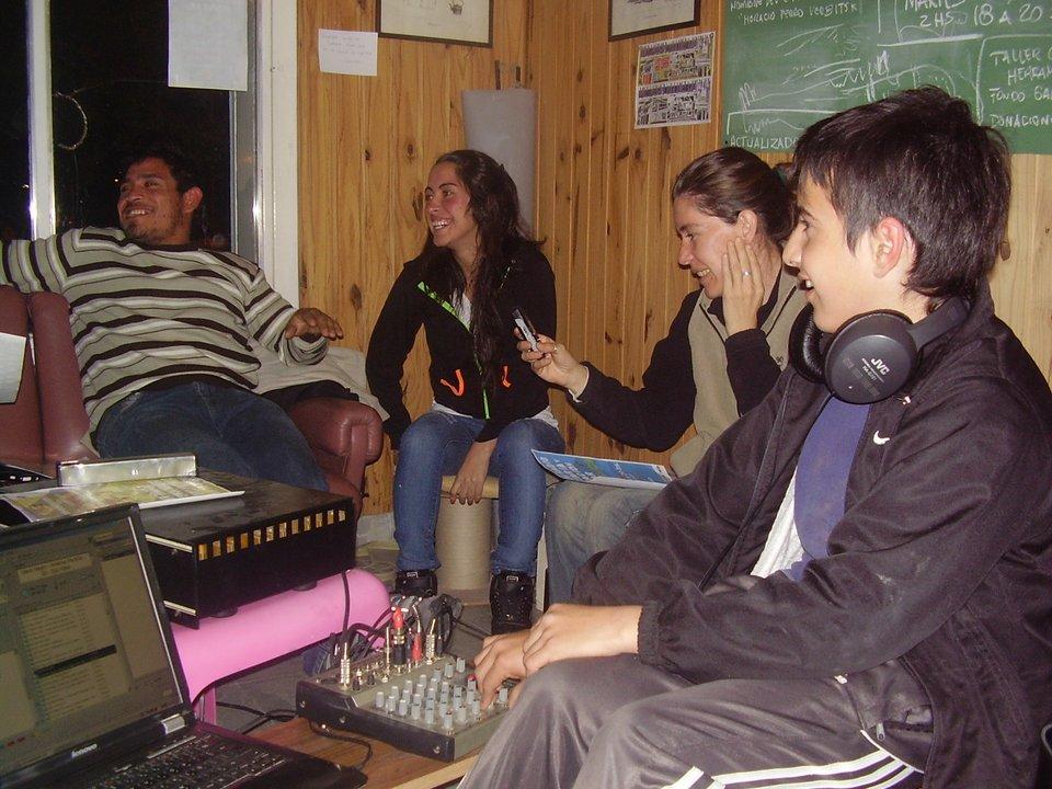 Taller de radio y comunicación popular