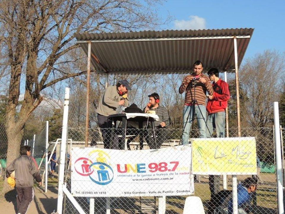 Fútbol de la liga de Punilla, La Minga transmitiendo junto a Radio Une
